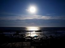 月夜(イメージ)