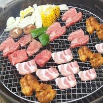 07_料理010_BBQ肉セット_20130320