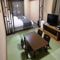 ◆和洋室31平米:ベッドサイズ1100×2050×2 和布団×2