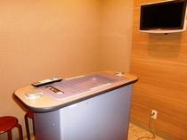 ◆24時間利用できます喫煙ブース1階に設置しております。