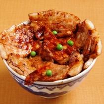 ぱんちょう豚丼