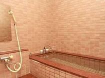 内湯のみの貸切風呂露天が混んでいる時や長湯のお好きな方はじっくりどうぞ