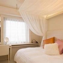 ◆コンフォートダブルルーム 15㎡ ベッドサイズ:140cm×200
