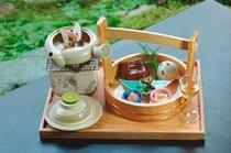 【秋料理】秋の会席【松茸会席】の前菜と松茸土瓶蒸し
