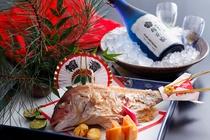 お祝いの焼鯛と冷酒