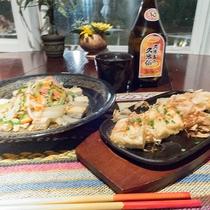 *料理/1階のカフェでは沖縄ご飯をお楽しみいただけます♪