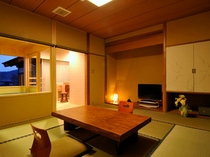 前室+8畳(喫煙)