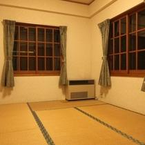 コテージYAMAHA 和室6畳 2間