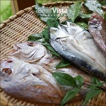 朝食(瀬戸内海の干物)