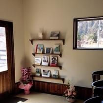 ブックカフェ 本棚1