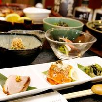 名物山里料理を存分にご堪能ください!