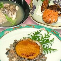 川蟹を贅沢に使ったお料理