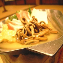お夕食一例(夕食大網薇貝焼)