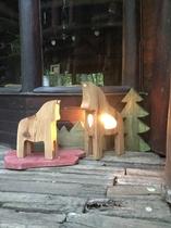 馬の親子の外灯