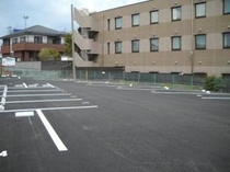 駐車場はホテル隣