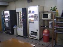 1階 自販機