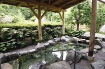 (近隣施設)天然温泉「比良とぴあ」内の露天風呂
