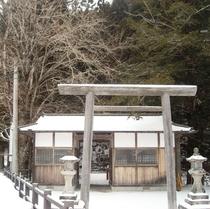 ホテル前勝手神社