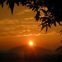 【レストラン】夕陽の沈む景色は圧巻★シャッターチャンスも数多く訪れます♪