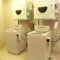 洗濯機(滞在中のお洗濯もOK♪)