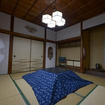 【和室一例】趣ある和室でのんびりと。所々、細やかなデザインが施されている建築様式をお楽しみ下さい