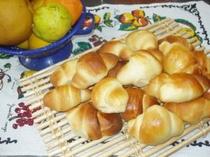 朝食のロールパン