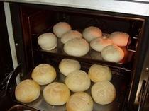 手作りのドイツパン
