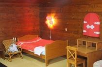 F 和洋室(16畳タイプ)2 赤ちゃんベッド