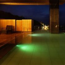 本館8階露天風呂【眺】2012年4月1日リニューアルオープン