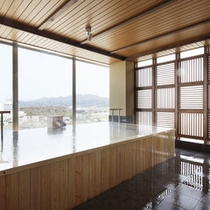 展望檜風呂【熱の湯】-檜風呂-女湯