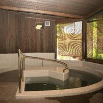 【貸切風呂NEWオープン】お体の不自由な方にも楽しんでいただけるバリアフリータイプのお風呂。