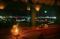 【ワインバー】最上階から眺める甲府盆地の夜景と甲州ワインで上質な大人の時間をお過ごしください