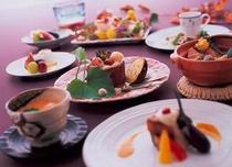 【創作和食会席_秋】旬の素材を最高の形で調理した創作和食。目と舌で旬の味をご堪能ください