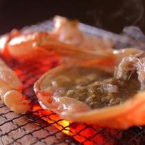 甘みと旨みと香ばしさは焼き蟹で。