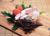 南アフリカ・オーストラリアにある自社漁場から新鮮な魚介を空輸
