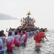 輪島大祭「奥津姫神社大祭」のお神輿ご入水神事