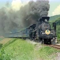 ■蒸気機関車SLやまぐち号のレトロな雰囲気を満喫!