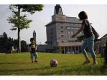 ホテル芝生広場②