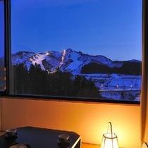 *【和室】スキー場が見えるお部屋も