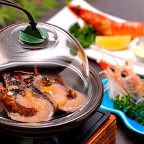 【料理】季節の夕食一例(エビづくしプラン)