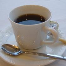 【ご夕食一例】お食事の最後にはコーヒーをご用意いたします。