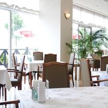 館内一例:レストラン