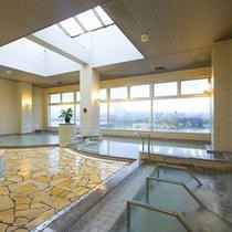 天然温泉 七福の湯で美肌の湯をご満喫下さい。