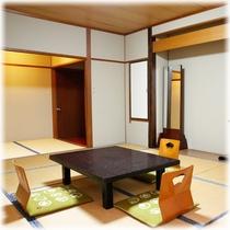 【客室】 山側 10畳+2畳 ⑤