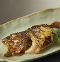 ガシラの煮物(旬の魚介類の一例)