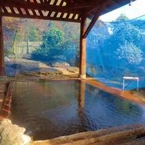 *【混浴露天風呂】開湯およそ800年を誇る北海道の最古の温泉!湯量も豊富です。