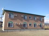 「ケンジの宿 新館」 外観 裏側
