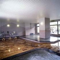 【温泉】1階にある大浴場「夢千両」の内湯です。