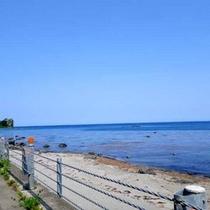 *【海辺の風景】当館の前に広がる大海原