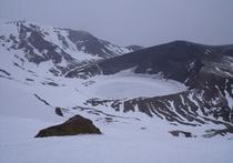 樹氷スノーシュートレッキング(東に歩いて70分の冬のお釜)